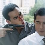 李家俊持枪直逼刘杰辉,《寒战2》紧张氛围再度升级 - 复件(2)